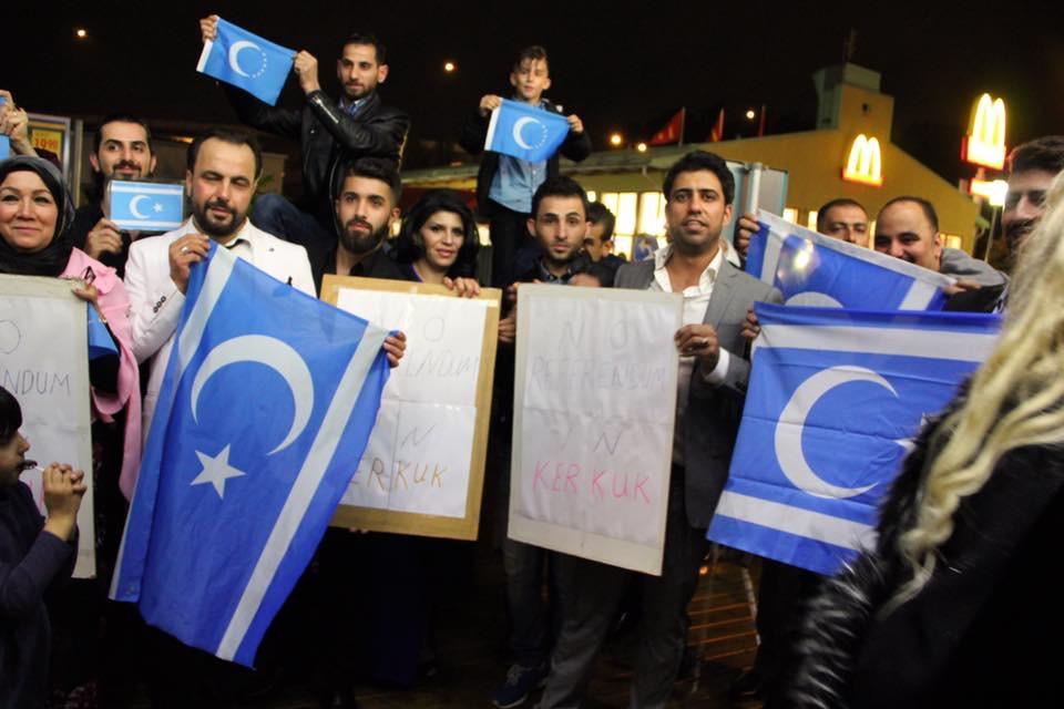İsveç'te Türkmenler Kuzey Irak Referandum Kararını Protesto Etti