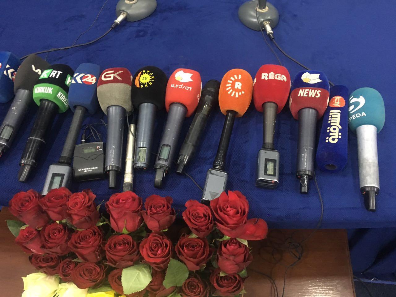 Son Dakika:Pkk lı Vali Türkmeneli Tv Muhabirlerini Engelledi