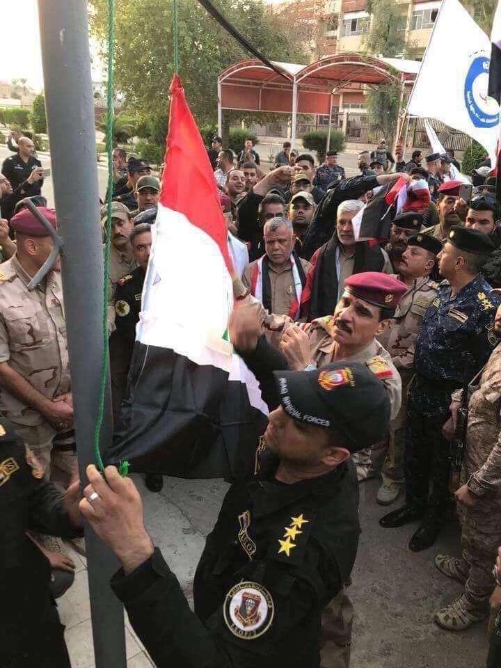 Kerkük Valiliğinden Paçavra İndi Irak Bayrağı Asıldı