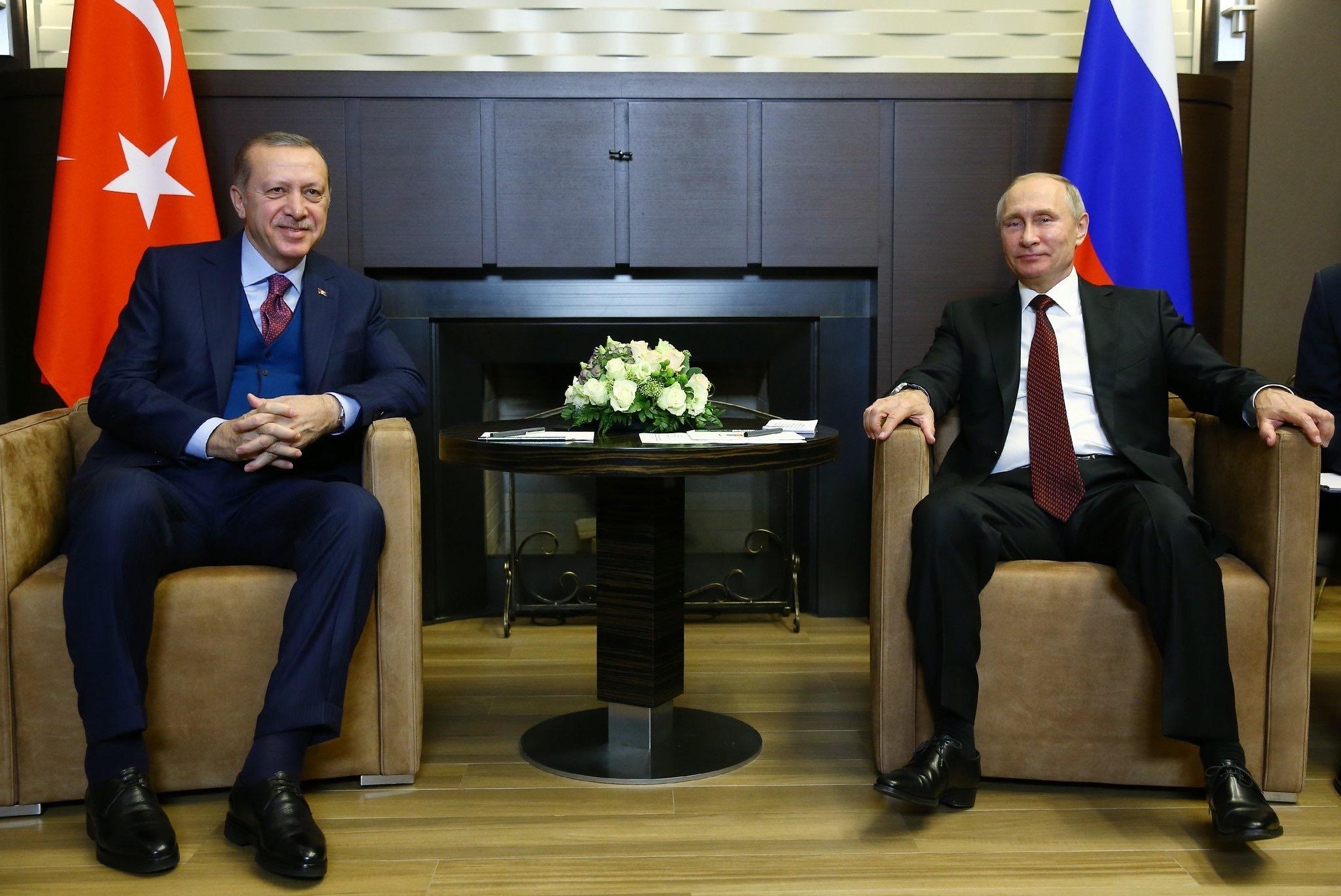 Cumhurbaşkanı Erdoğan-Putin Görüşmesi Rusya'da Başladı