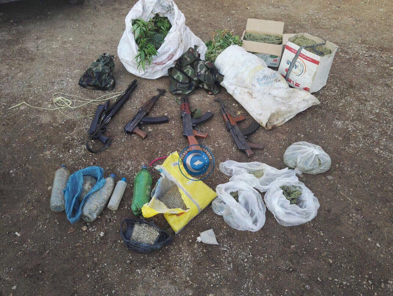Türk Polisinden Suriye'de Uyuşturucu ve Silah Operasyonu